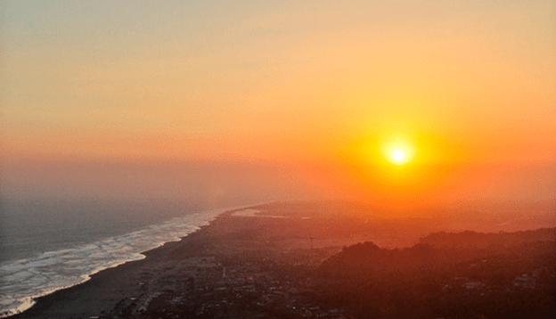 Puncak Kayangan spot wisata sunset jogja