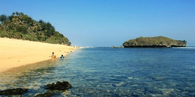 image 1 - Icha Trans - Sejarah Dibalik Indahnya Pantai Sundak Gunungkidul Yogyakarta