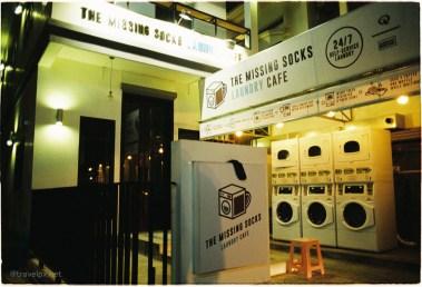 """dịch vụ giặt là"""" mất 1 chiếc tất"""" hoạt động 24/24"""