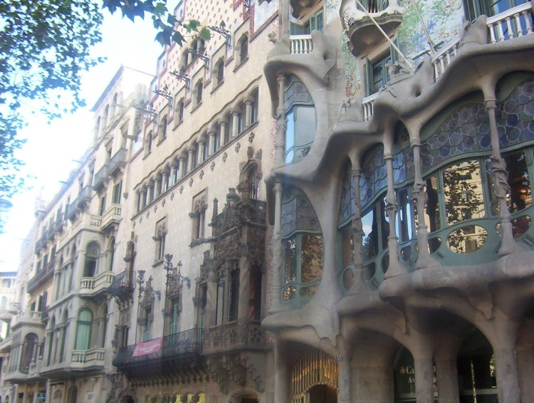 Barcelona by Gaudí Batlló