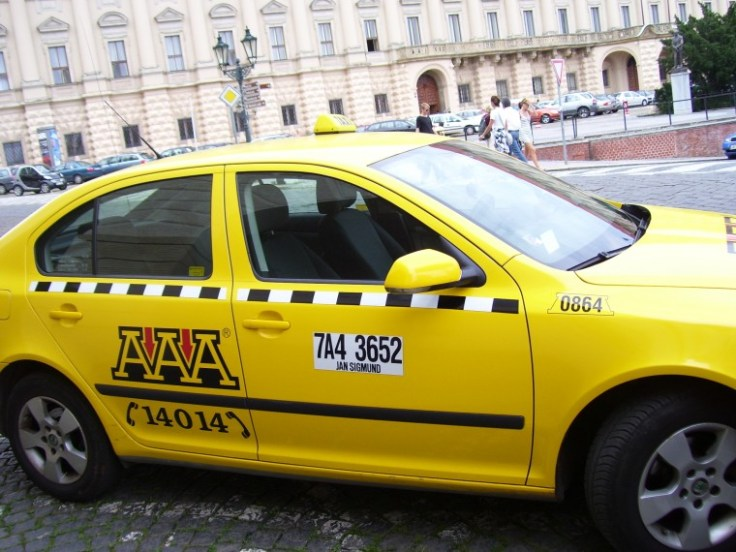 bb178-taxi-praga