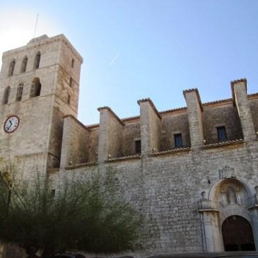 b107e-dalt2bvilla_catedral