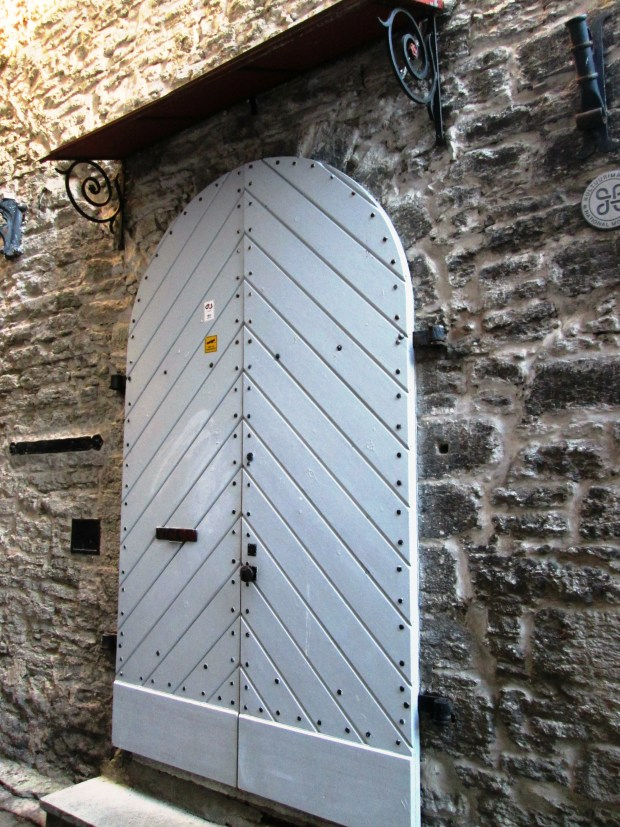 tallin-doors2