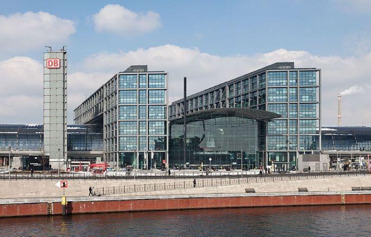 hauptbahnhof berlin Estações de comboios a visitar uma vez na vida
