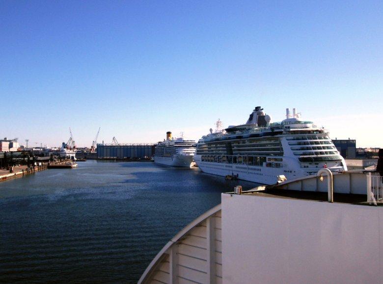ferry Helsinquia