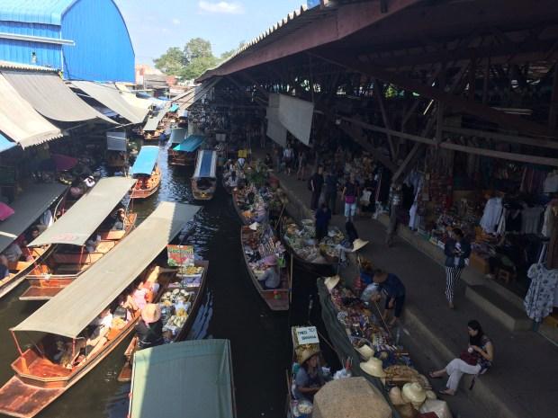 mercado-damnoen-saduak