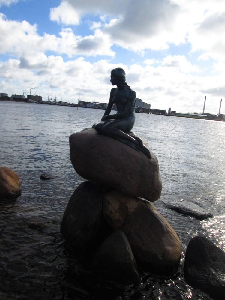 Pequena Sereia o que visitar grátis em Copenhaga