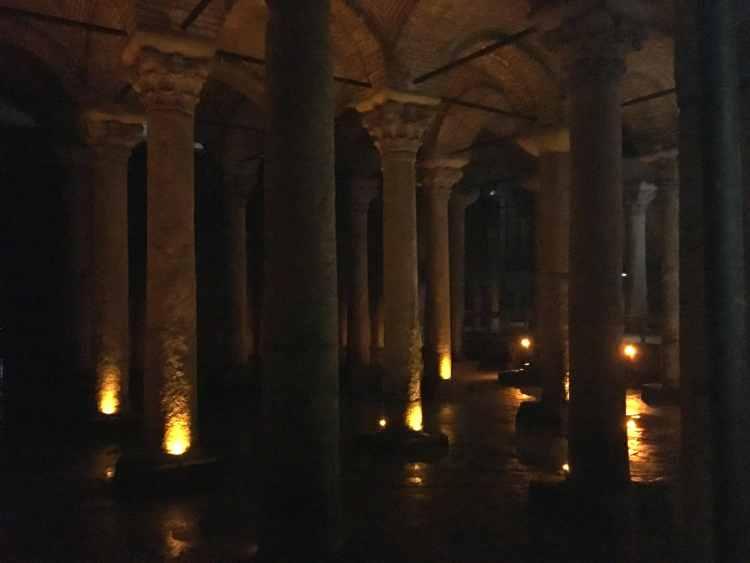 Istambul - Cisterna da Basilica.jpg