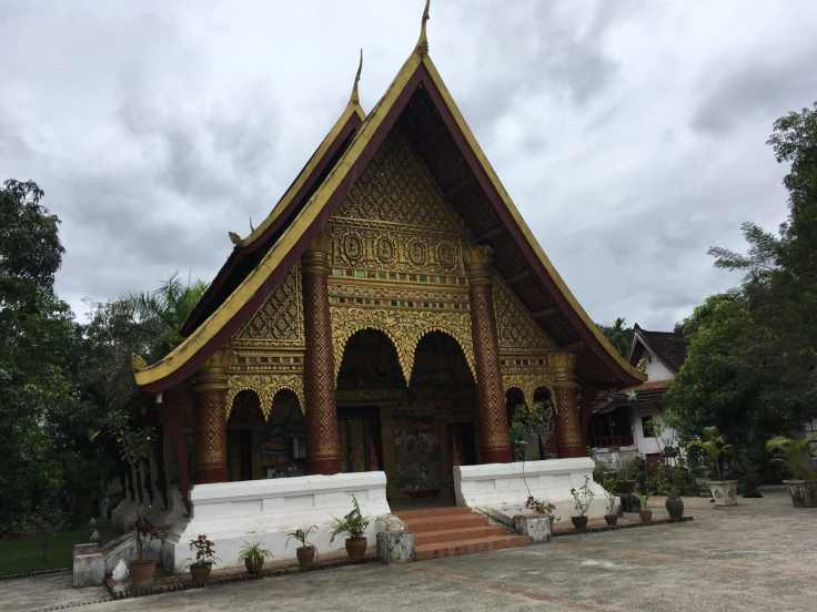Wat Xieng Mouan, Luang Prabang.jpg