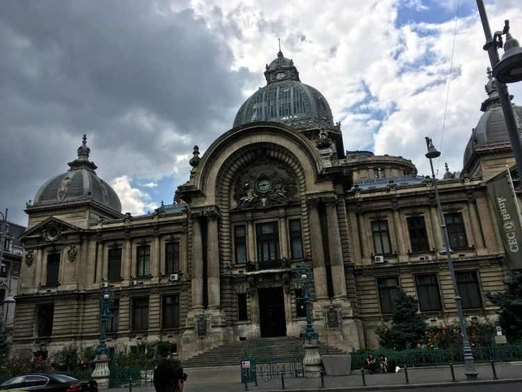 Bucareste - Palacia CEC
