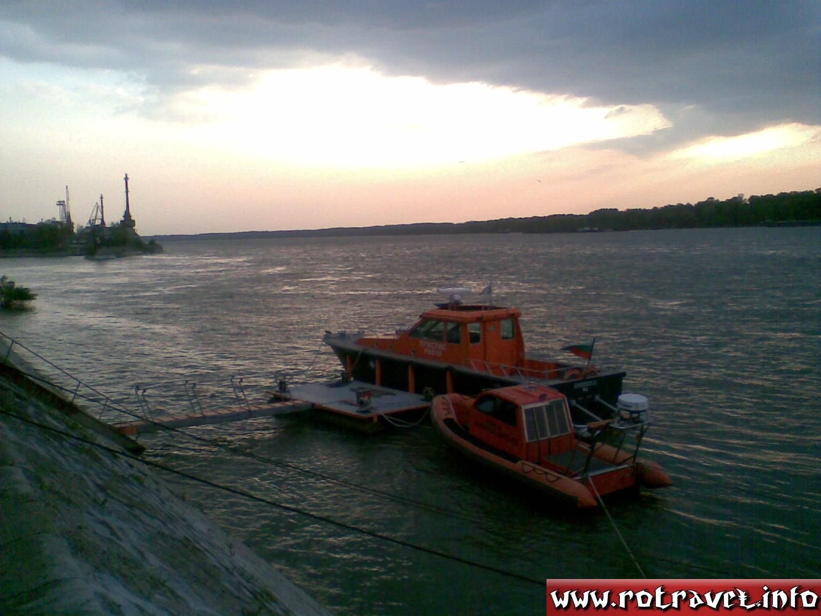 A motorboat on Danube