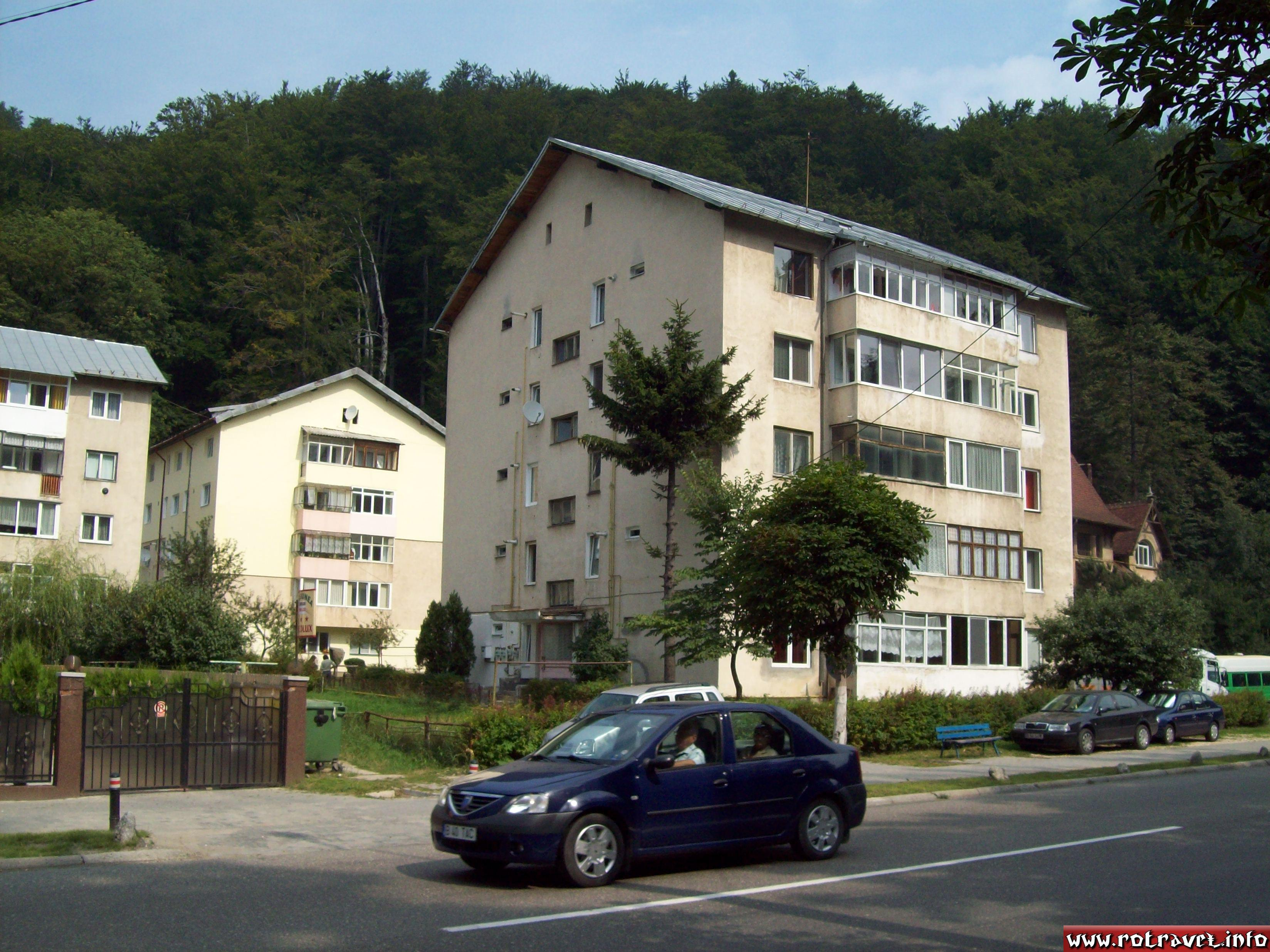 Appartament houses in Busteni