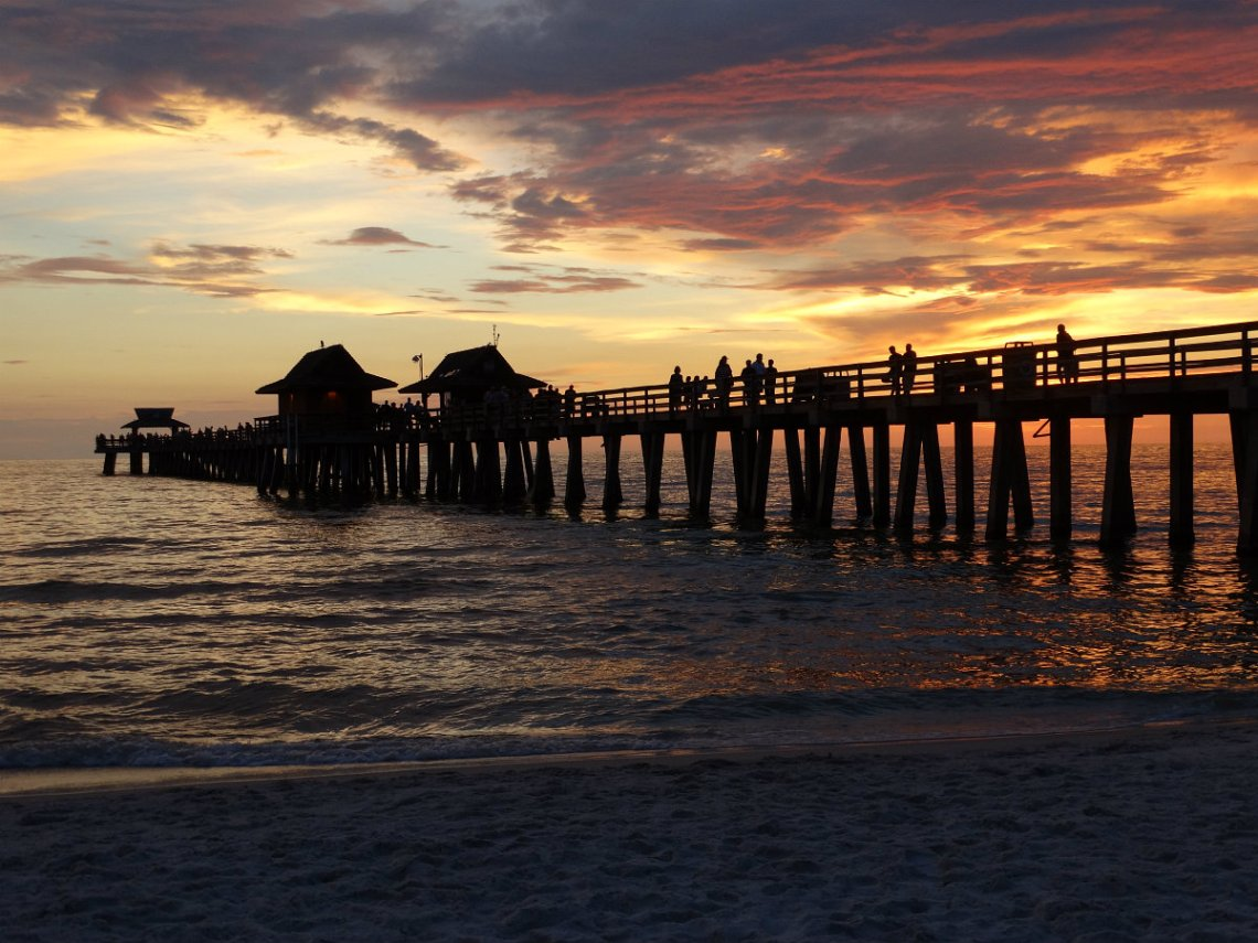 sunset naples pier