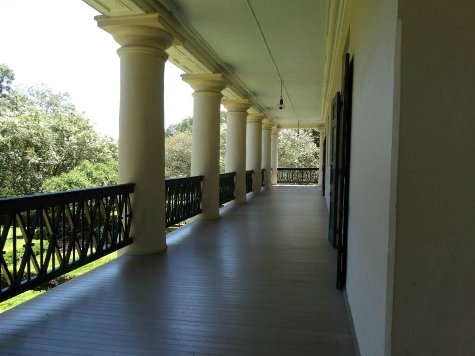 oak-alley-veranda