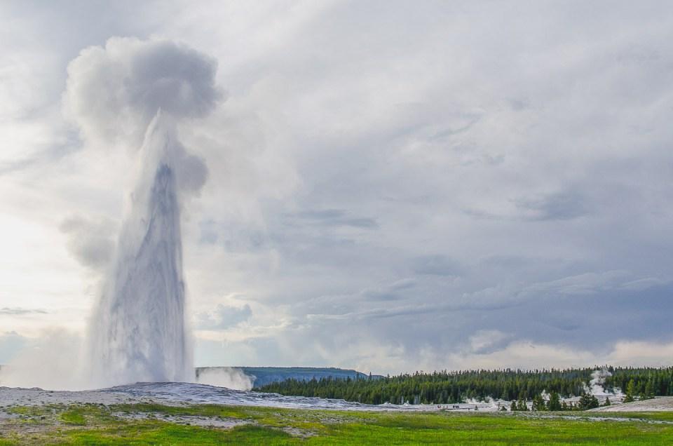 Old Faithful geysir Yellowstone Nationalpark