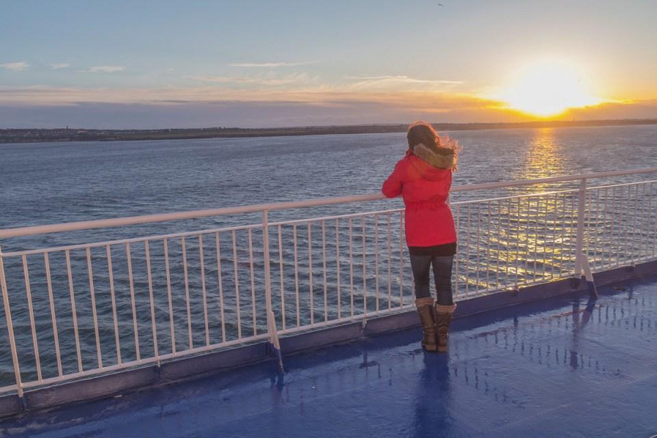 Sonnenuntergang auf der Nordsee an Bord der King Seaway von Amsterdam nach Newcastle England