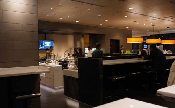 ana_hnd_lounge_oct_2014.8