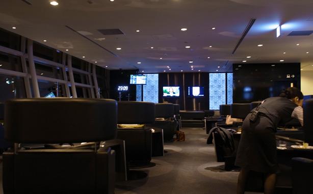 hnd_ana_suite_lounge.6