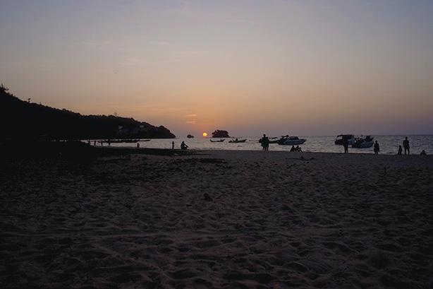 nai_yang_beach.16