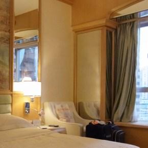 銅鑼湾の一等地 リーガル ホンコン ホテルに建つホテルは どこか昭和の匂い