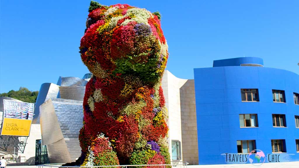 Puppy una de las esculturas que ver en Bilbao