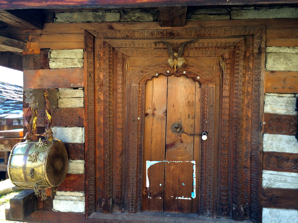 Hadwadi Village temple door.