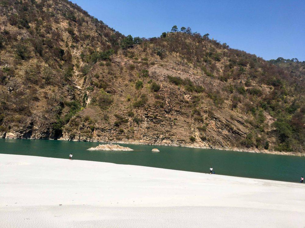 Beach Srinagar to Rudraprayag