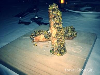 PIzzelle Cannoli: Cinnamon ricotta, dark chocolate, pistachio and coconut