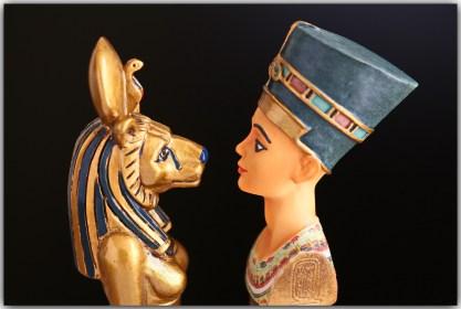 queens of egypt.jpg
