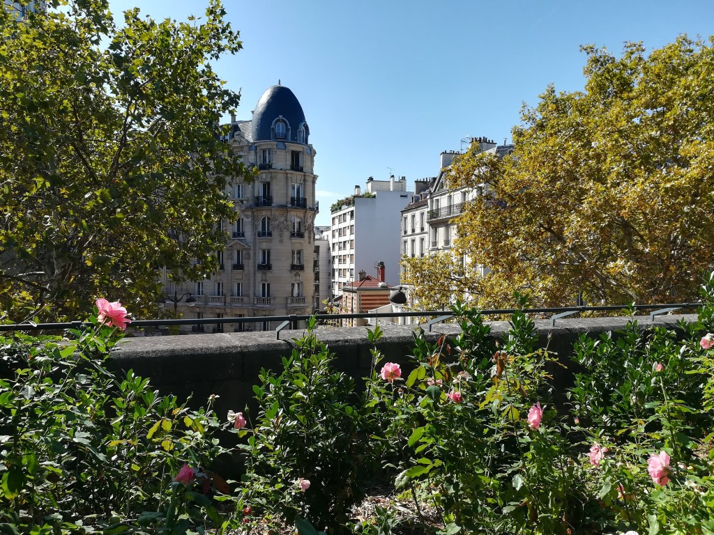 A view from the Couléé Verte in Paris