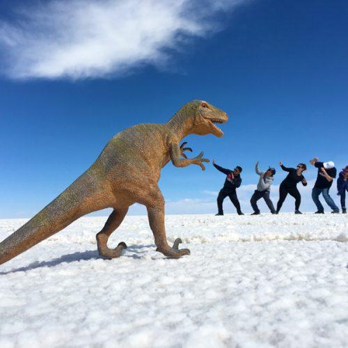 Salar de Uyuni-Bolivia-dinosaur
