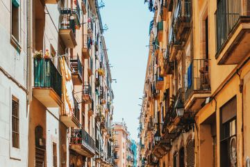 what-to-do-in-barcelona-whowho=travel-app-george-kedenburg-iii-425163-unsplash