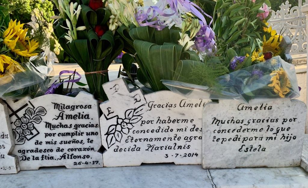 """As the story of Amelia spread, women visited the """"Miracle grave"""" in Havana to ask her for help conceiving."""