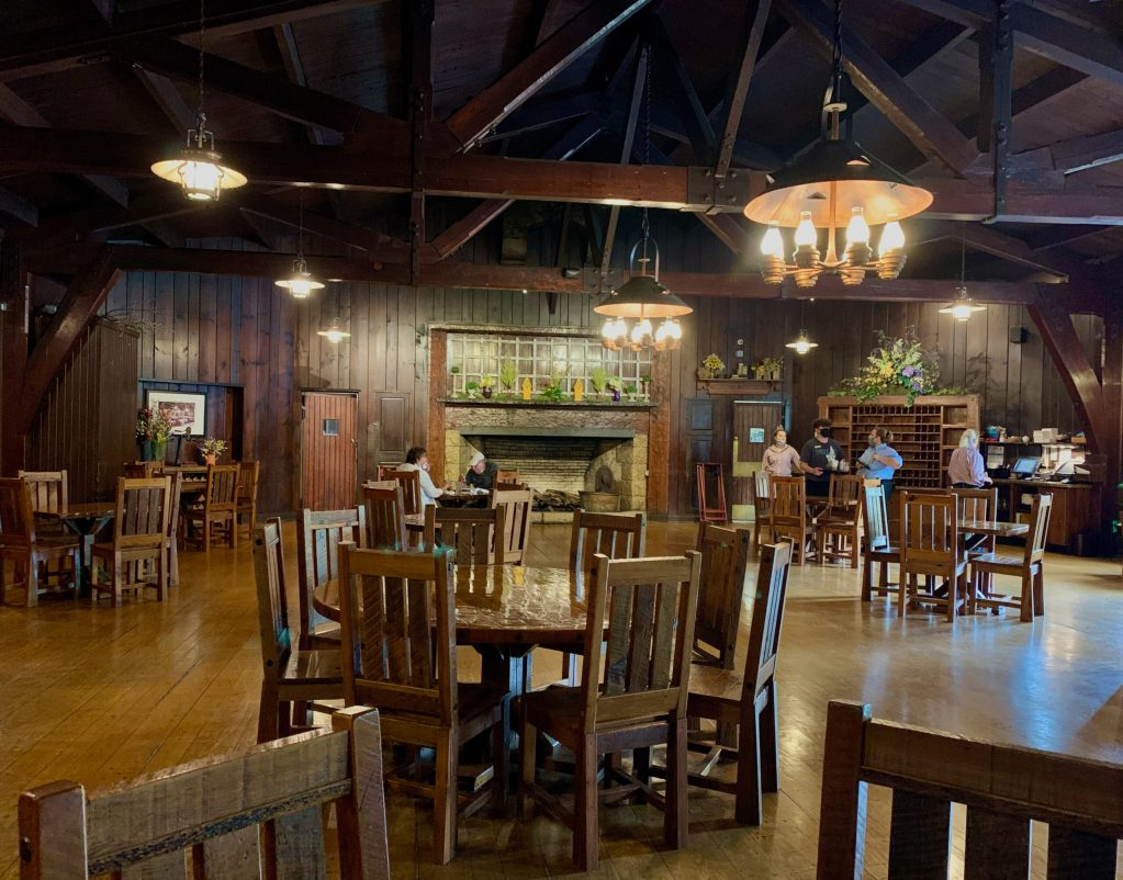 Tables float like islands in the huge dining room at Starved Rock Lodge.