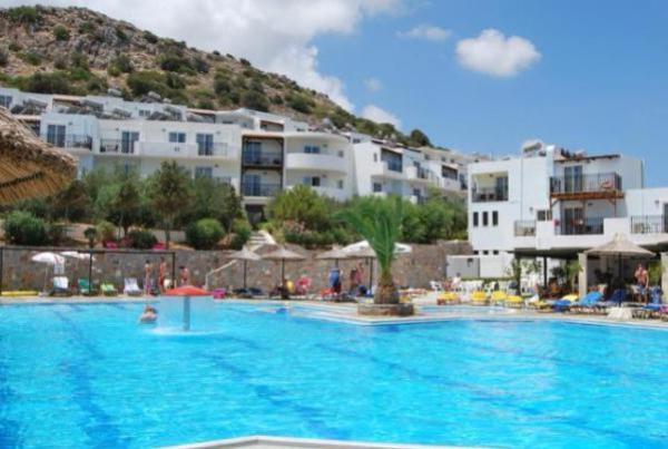 Semiramis-Village-Hotel