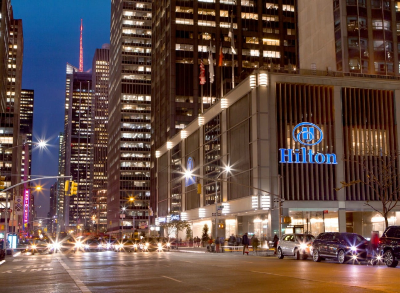 New York Hilton Midtown Welcomes Night Owls