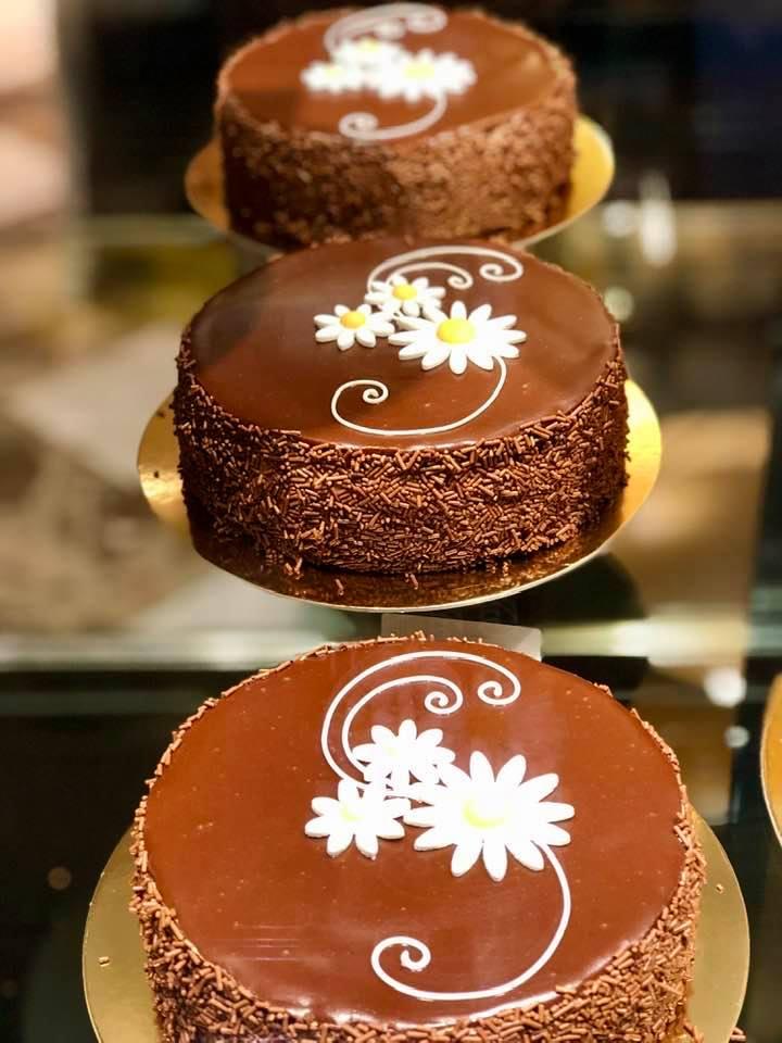 Where to Enjoy The Best Cakes in Zurich