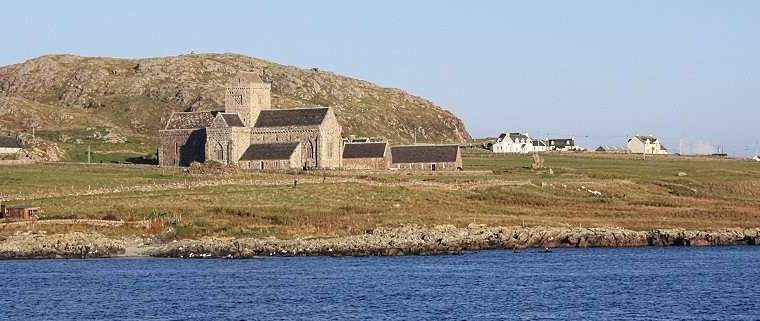 visit iona abbey.