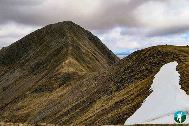 ridge hiking buachaille etive mor glen coe