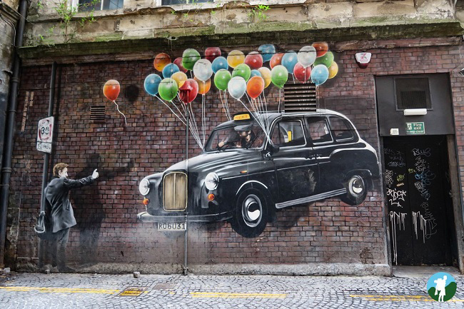 glasgow street art tours taxi mural