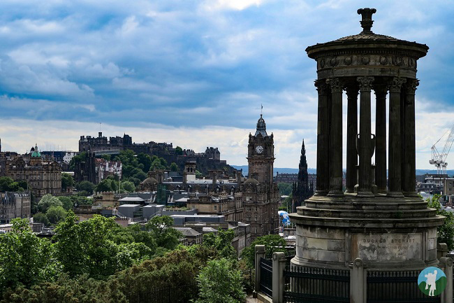 calton hill view edinburgh outdoor activities