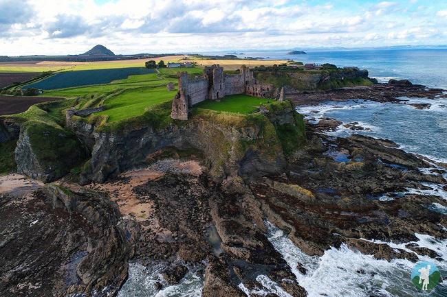 Tantallon Castle drone scotland