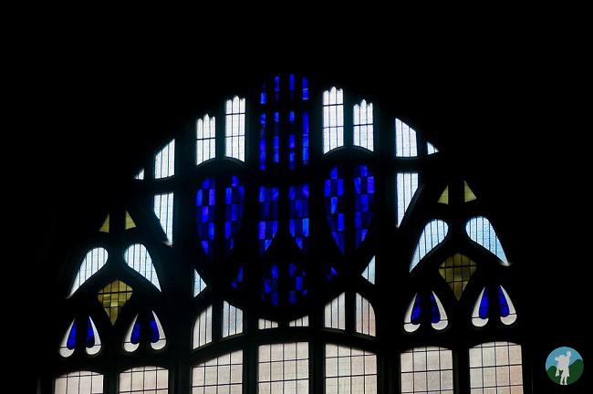 mackintosh church flower stained glass