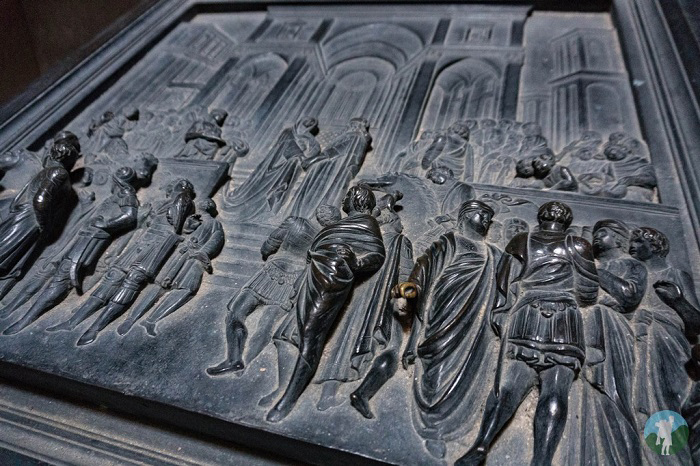 door hamilton mausoleum lanarkshire