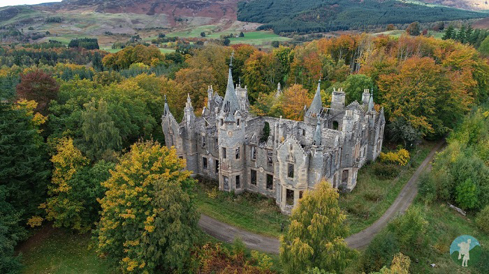 abandoned scotland perthshire castle