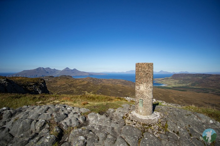 isle of eigg summit