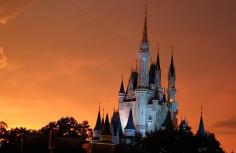 1.1434786525.1-castle-sunset