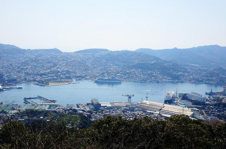 3.1459027436.vie-back-to-nagasaki-from-mt-inhasa