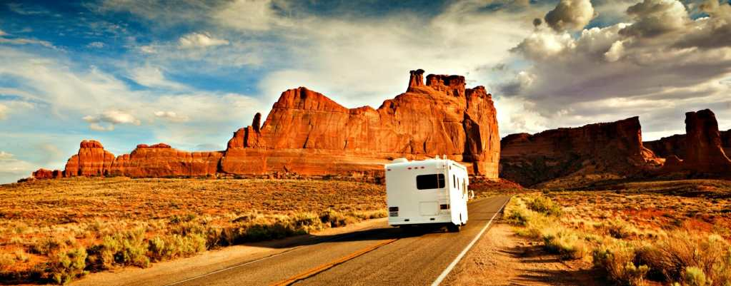 Organizing a Safe Family Vacation: What Are the Benefits of Camper Holiday
