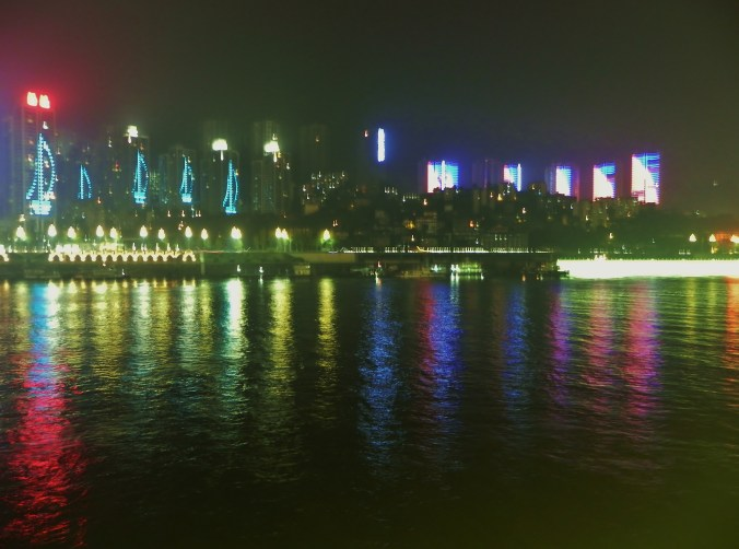 Chongqing, Victoria Anna, Yangtze, night view
